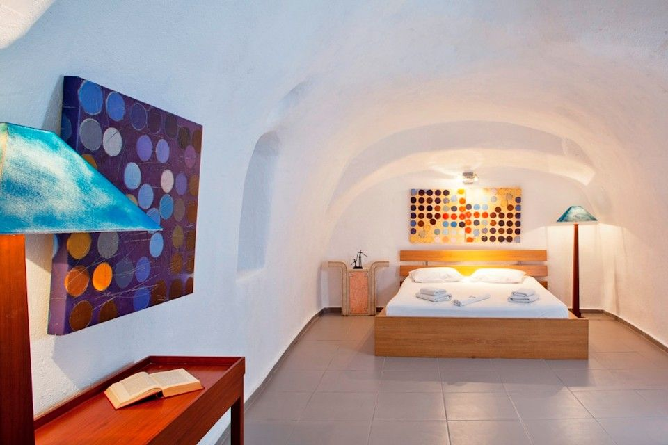 Two bedroom apartment for rent in santorini greece for Apartments for rent two bedroom