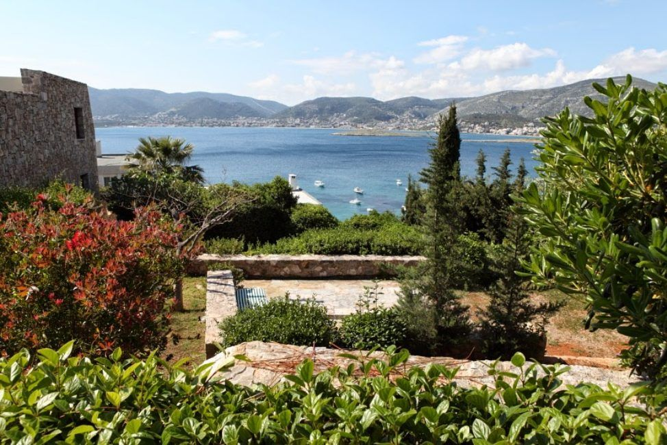Villa By The Sea With 2 Pools For Rent Attica Greece Att075