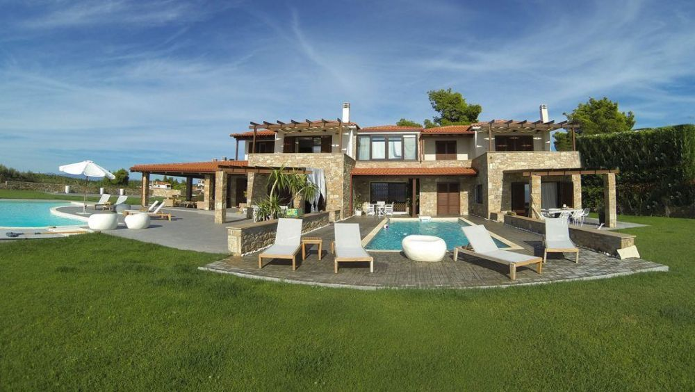 Private Villas For Rent In Sithonia By The Sea