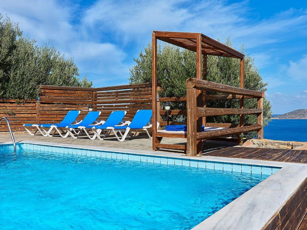 Sea View Villas For Rent In Crete With Swimming Pool