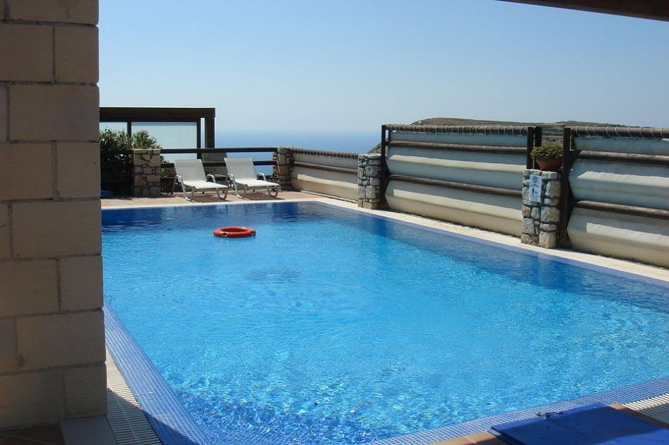 Two Villas With Private Pool For Rent In Crete Greece Crt134