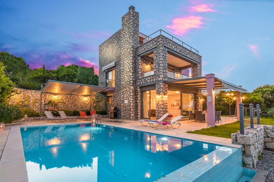 Нафплион греция недвижимость