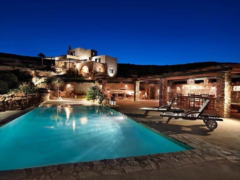 Private Villa In Greece Rental In Paros