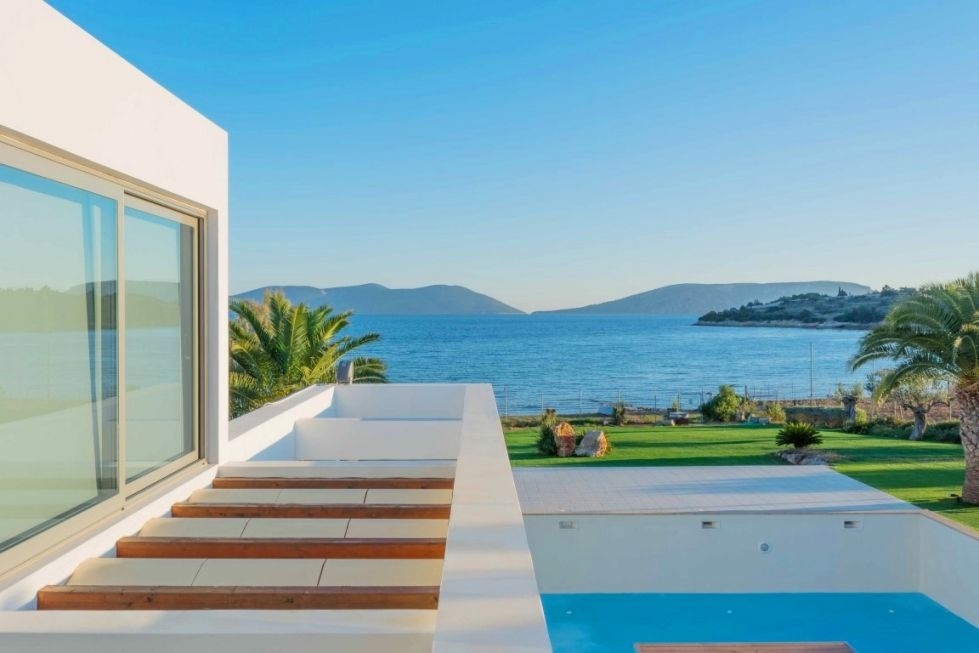 Rent a house in the Peloponnese prices