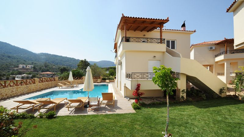 Villas For Holiday Rental Peloponnese