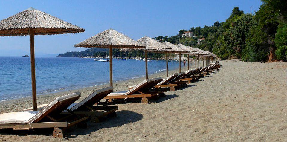 Виллу в остров Скиатос на берегу моря